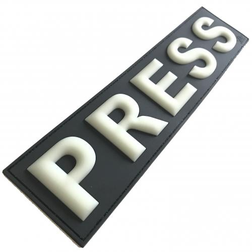 2 x Press Presse Patch 29*7 cm Glow in Dark Nachleutend 3D PVC Set