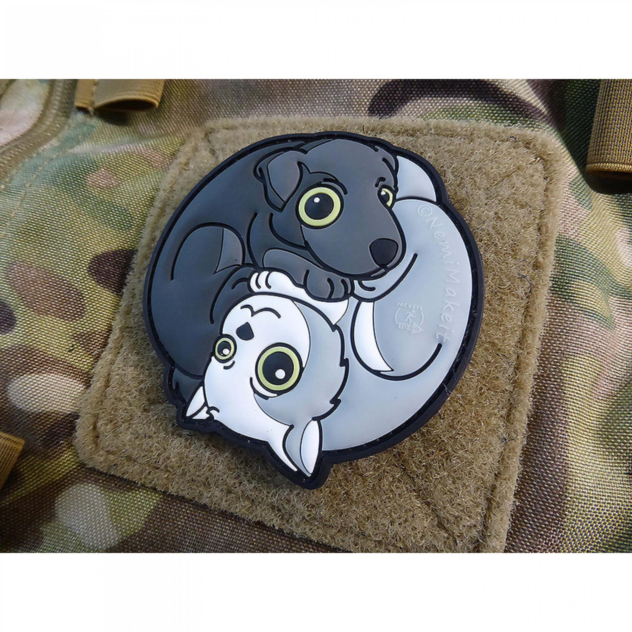 Black Dog - White Cat Yin & Yan 3D Rubber Patch, fullcolor