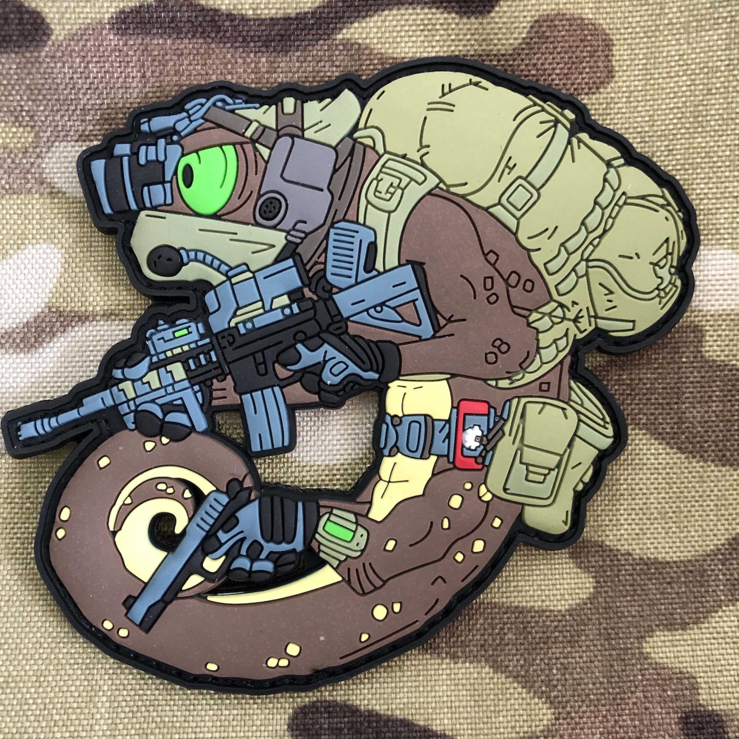 Mystic Warriors - Helikon-Tex Tactical Chameleon Desert Storm Operator